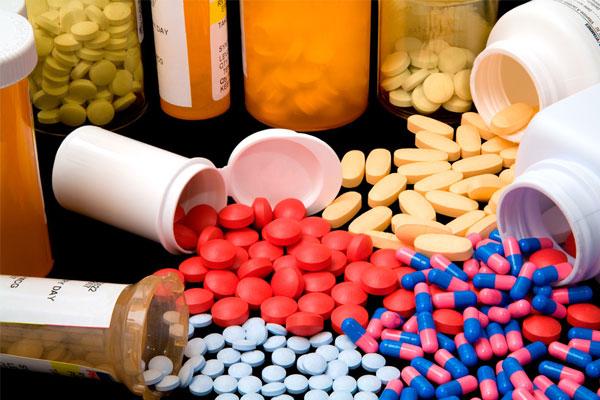 医药业坎坷降价路